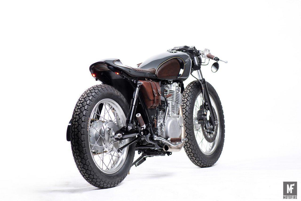 定制版雅马哈SR400摩托车设计