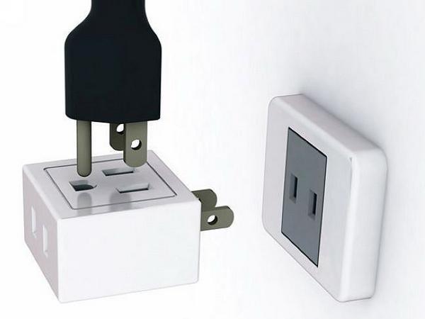 TOP10:十字口插座设计,任意方向都可以通电 由设计师Hung Wang设计的一款创意茶桌,设计师在这里设计了一个插座,不论在任何的方向都可以进行通电。
