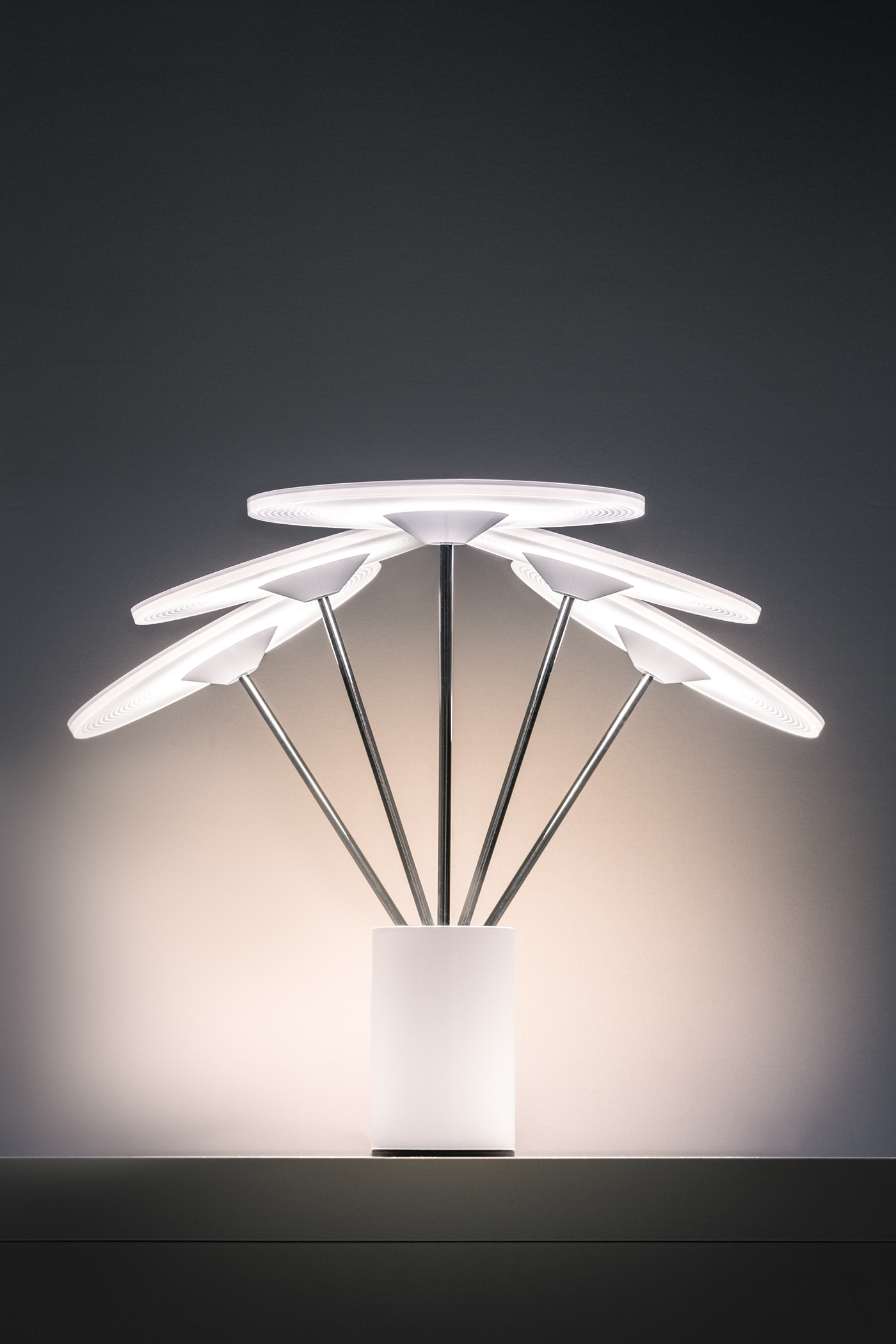 Sisifo创意台灯设计